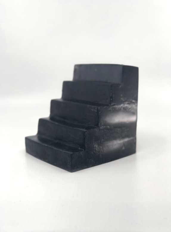 Black Looks_2020_Black tinted resin cast_Edition of 10 + 1AP_H12 x W10 x L18.5 cm