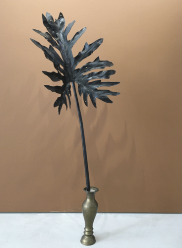 Kala Living II_2020_Artificial rubber leaves, black paint, gold rhinestones, brass antique vase, sand_Approx. H110 x W40 cm
